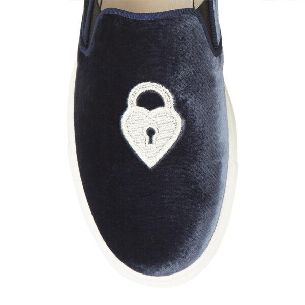 Image 2 for Board Walker Blue Velvet Lock And Key Emb (BW42)