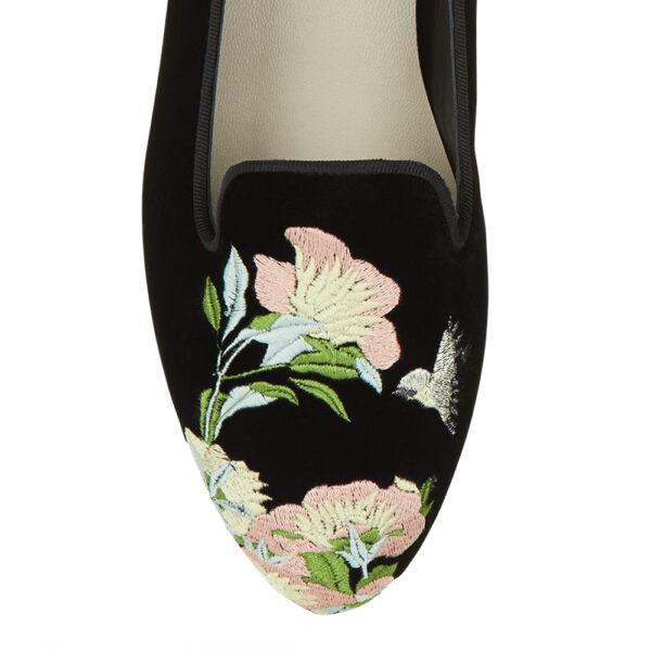 Image 2 for Hefner Black Velvet Oriental Flower Emb (HFF147)