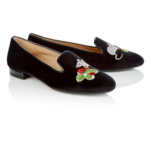 Image 4 for Hefner Black Velvet Mouse Strawberries Embroidery (HFF224)