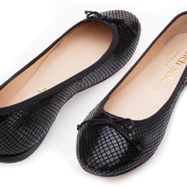 Image 3 for Lola Black Leather Snake (LOL23)