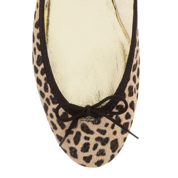 Image 2 for India Leopard Calf Hair (PT124)