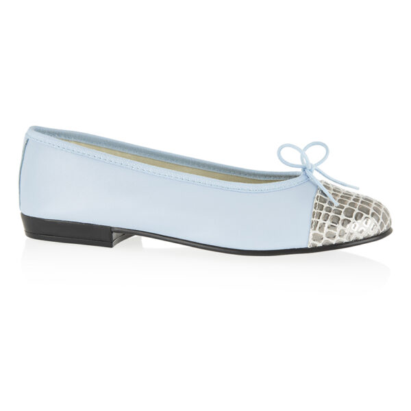 Image 1 for Sturdy Pale Blue Leather Metallic Croc Toe (SD285)