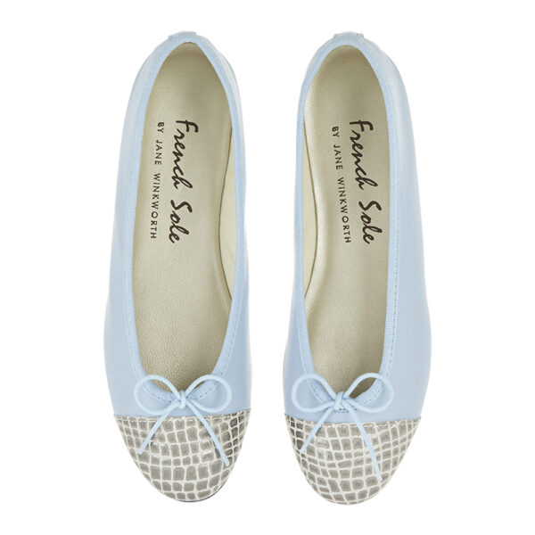 Image 3 for Sturdy Pale Blue Leather Metallic Croc Toe (SD285)