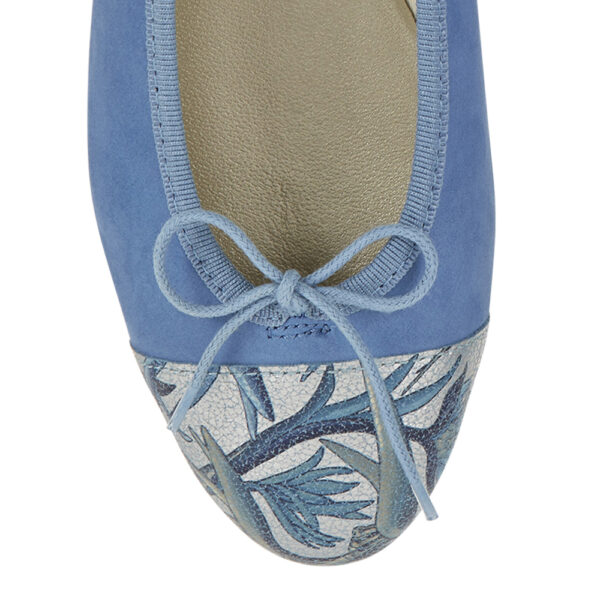 Image 2 for Simple Blue Nubuck Jungle Toecap (SM598)